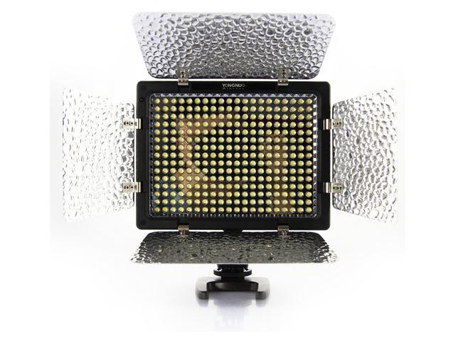 Pro YN-300 Barndoor LED Video Light