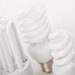 Jaka lampka do oświetlenia stolika manicure kosmetycznego?