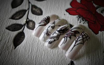 Moja historia na paznokciach